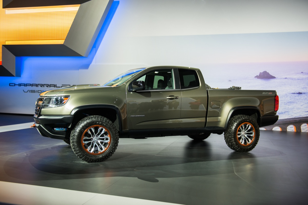 2015 Chevrolet Colorado ZR2 side