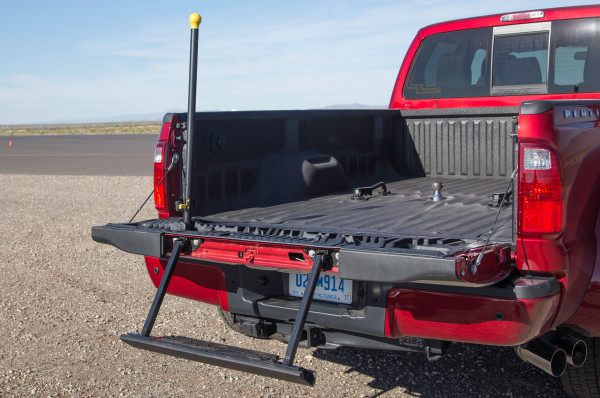 2015 Ford F-450 Platinum cargo space