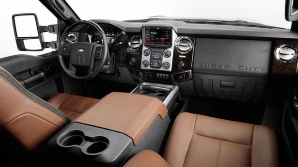 2015 Ford F-450 Platinum interior