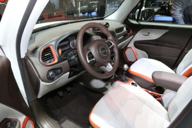 2015 Jeep Renegade 2.0 Mjet 4x4 Limited interior