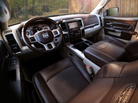 2015 RAM Heavy Duty interior