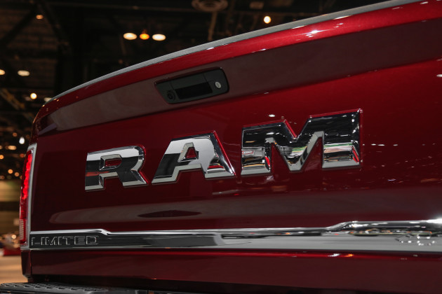 2015 RAM Heavy Duty sign