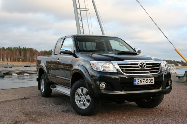 2015 Toyota Hilux Double Cab City front