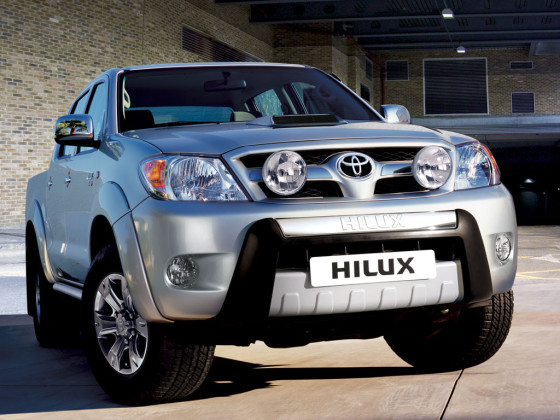 2015 Toyota Hilux Double Cab City grill