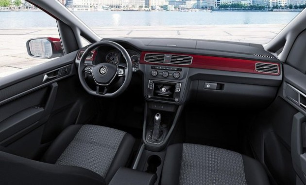 2015 Volkswagen Caddy interior