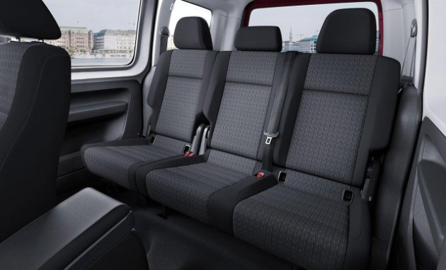 2015 Volkswagen Caddy rear seats
