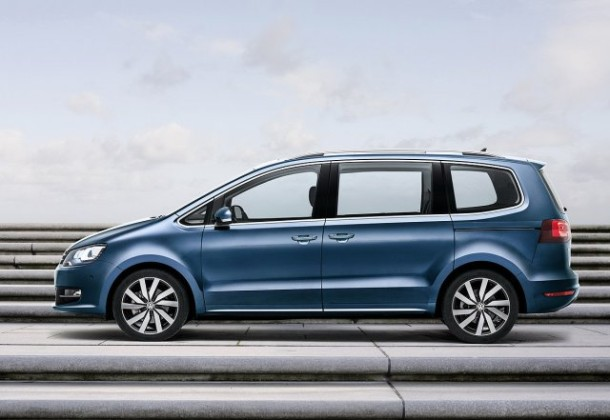 2015 Volkswagen Sharan side side