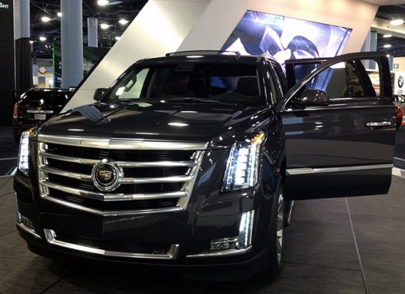 2016 Cadillac Escalade EXT open