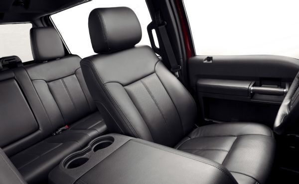 2016 Ford Bronco seats