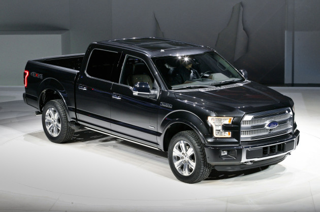 2016 Ford F-150 front side