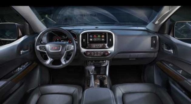 2016 GMC Canyon Diesel interior