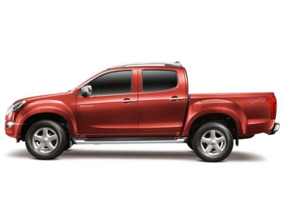 2016 Isuzu Dmax side
