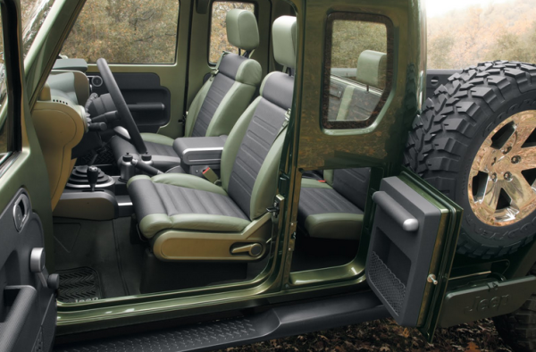 2016 Jeep Gladiator interior