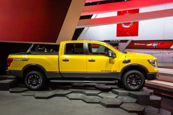 2016 Nissan Titan side