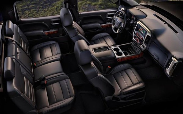 2017 GMC Sierra Denali Ultimate seats