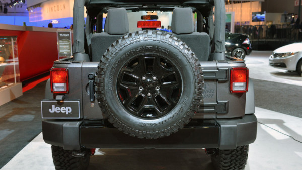 2018 Jeep Wrangler Truck rear wheel