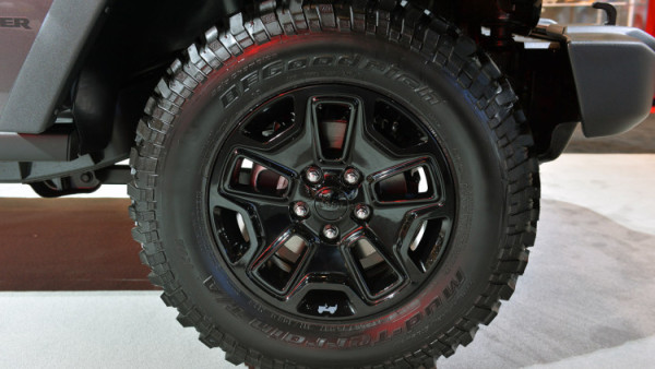 2018 Jeep Wrangler Truck wheel