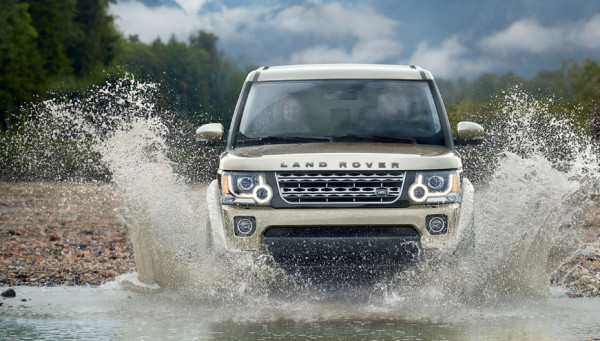 Top Five Off-Roaders front grill land rover